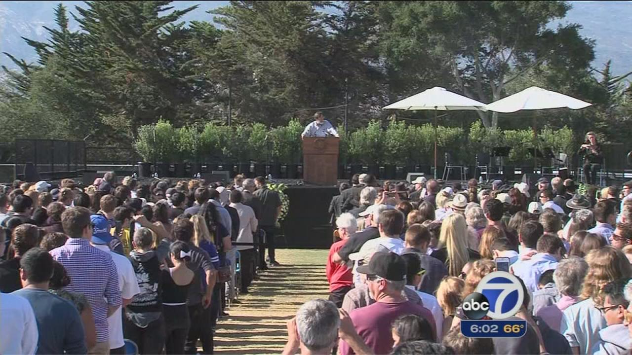 Memorial held at UCSB for victims of deadly rampage