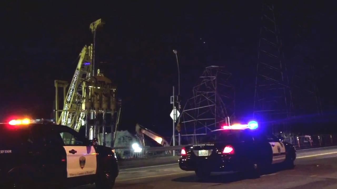 transmission tower collapse near Highway 101 on Burlingame