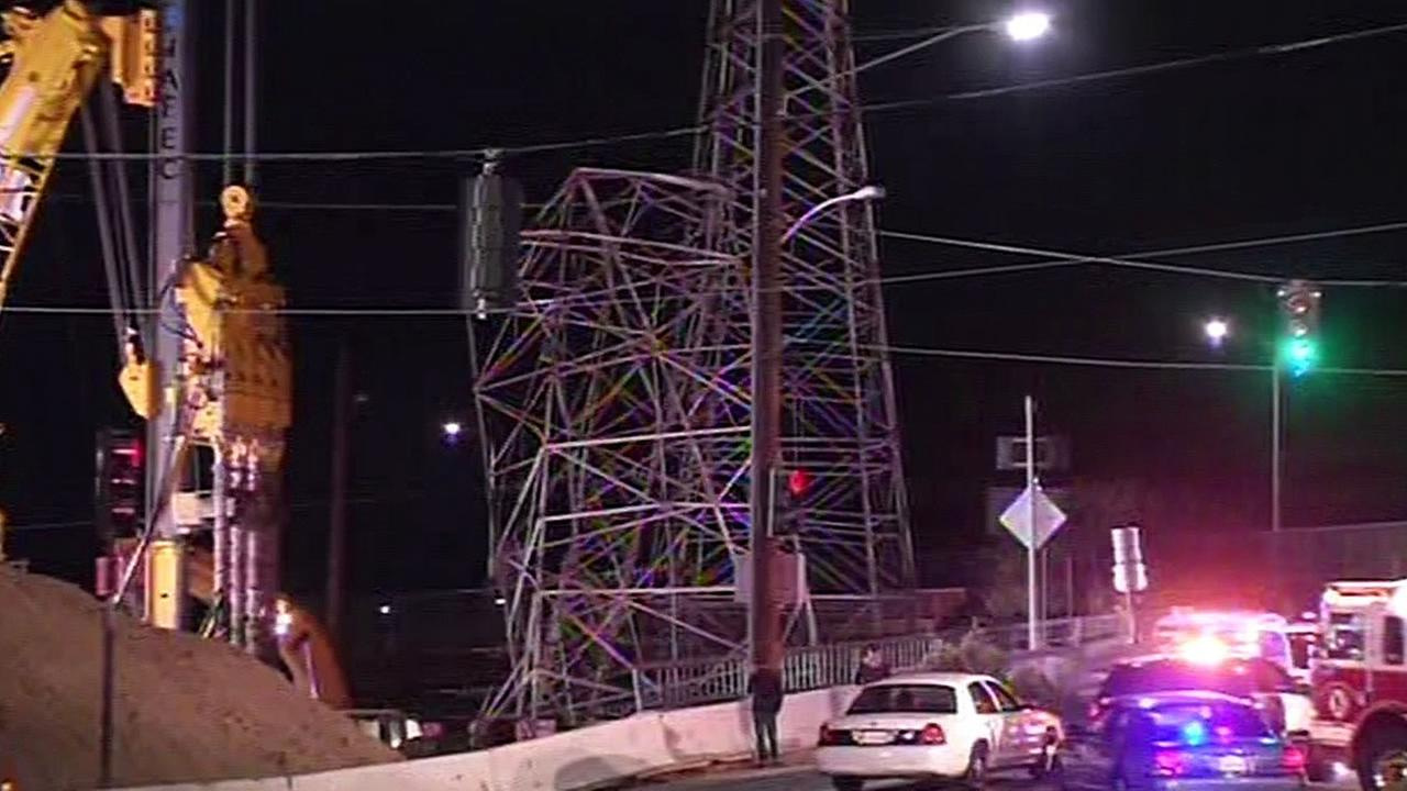 transmission tower collapse near Highway 101 in Burlingame
