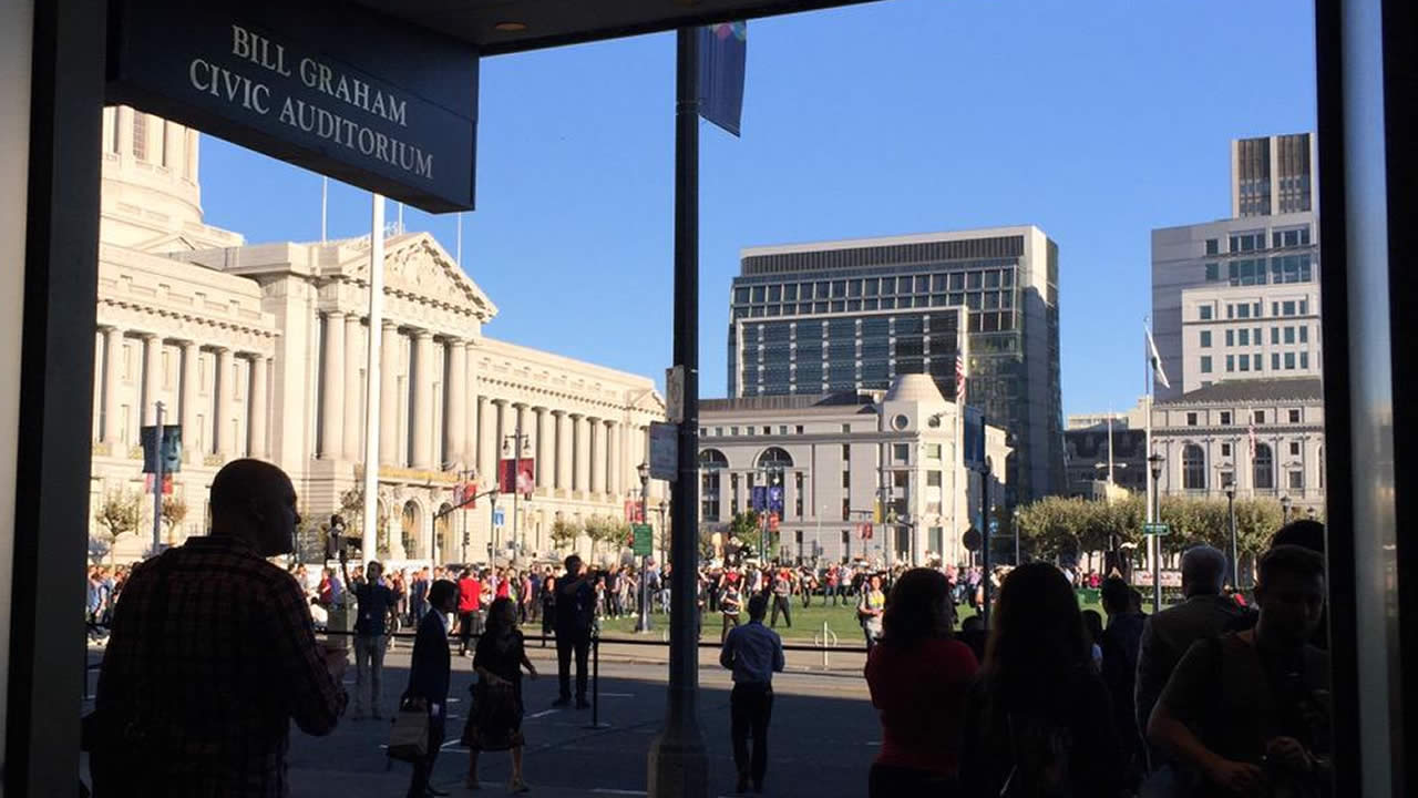 "<div class=""meta image-caption""><div class=""origin-logo origin-image none""><span>none</span></div><span class=""caption-text"">Crowds gather at the Bill Graham Auditorium for the #AppleEvent in San Francisco on Wednesday, September 9, 2015.  (David Louie/KGO-TV)</span></div>"