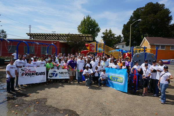 Wow! Look at what a community can accomplish in ONE day. ABC7 is proud to be part of Concordia Park! We believe #playmatters #whereyoulive <span class=meta></span>