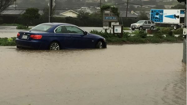 "<div class=""meta image-caption""><div class=""origin-logo origin-image ""><span></span></div><span class=""caption-text"">Driver needed help after ignoring warnings to avoid this area in Pacifica on Thursday, Dec. 11, 2014. (ABC7 News)</span></div>"