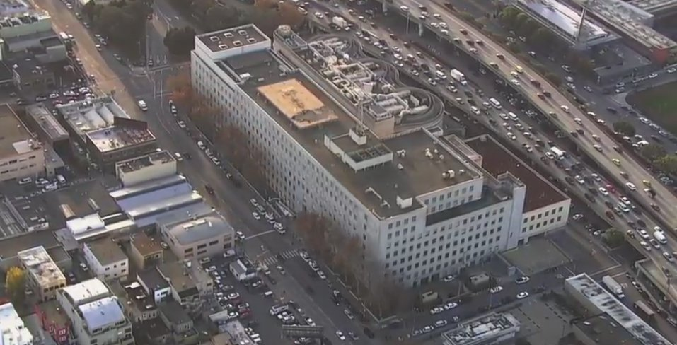 "<div class=""meta image-caption""><div class=""origin-logo origin-image none""><span>none</span></div><span class=""caption-text"">Sky7 was above the San Francisco's Hall of Justice awaiting the announcement of the Kate Steinle verdict on Thursday, Nov. 30, 2017. (KGO-TV)</span></div>"
