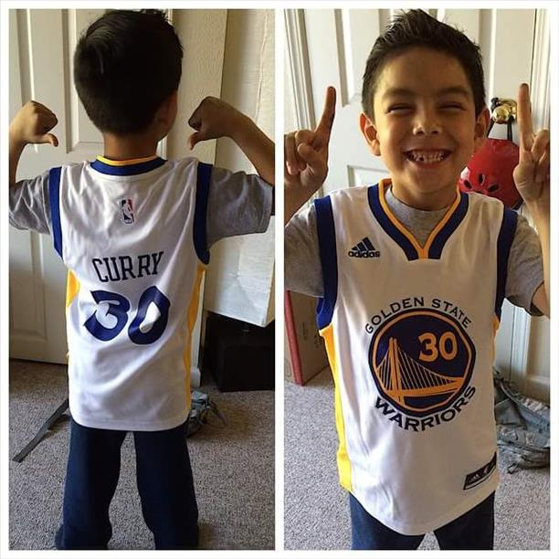 <div class='meta'><div class='origin-logo' data-origin='none'></div><span class='caption-text' data-credit='Photo submitted by Kathy Lucero via uReport'>Another Curry fan ready for the NBA Finals! Let's go Dubs! Tag your photos on Facebook, Twitter, Google Plus or Instagram using #DubsOn7.</span></div>