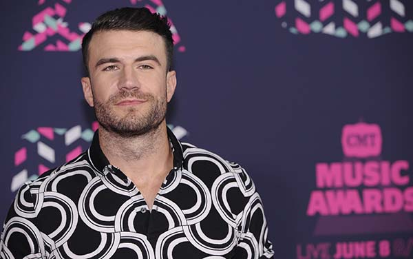 <div class='meta'><div class='origin-logo' data-origin='AP'></div><span class='caption-text' data-credit='Sanford Myers/Invision/AP'>Sam Hunt arrives at the CMT Music Awards at the Bridgestone Arena on Wednesday, June 8, 2016, in Nashville, Tenn.</span></div>