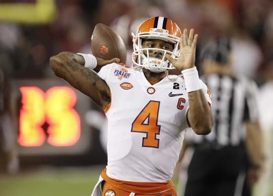 "<div class=""meta image-caption""><div class=""origin-logo origin-image ap""><span>AP</span></div><span class=""caption-text"">Clemson's Deshaun Watson warms up before the NCAA college football playoff championship game against Alabama Monday, Jan. 9, 2017, in Tampa, Fla. (AP Photo/Chris O'Meara) (AP)</span></div>"