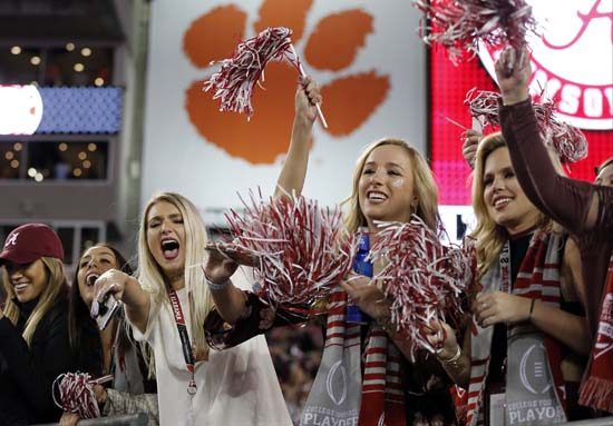 "<div class=""meta image-caption""><div class=""origin-logo origin-image ap""><span>AP</span></div><span class=""caption-text"">Alabama fans cheer as the teams warm up before the NCAA college football playoff championship game against Clemson Monday, Jan. 9, 2017, in Tampa, Fla. (AP Photo/John Bazemore) (AP)</span></div>"