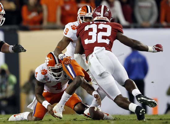 "<div class=""meta image-caption""><div class=""origin-logo origin-image ap""><span>AP</span></div><span class=""caption-text"">Clemson's Deshaun Watson fumbles during the first half of the NCAA college football playoff championship game. (AP Photo/John Bazemore) (AP)</span></div>"