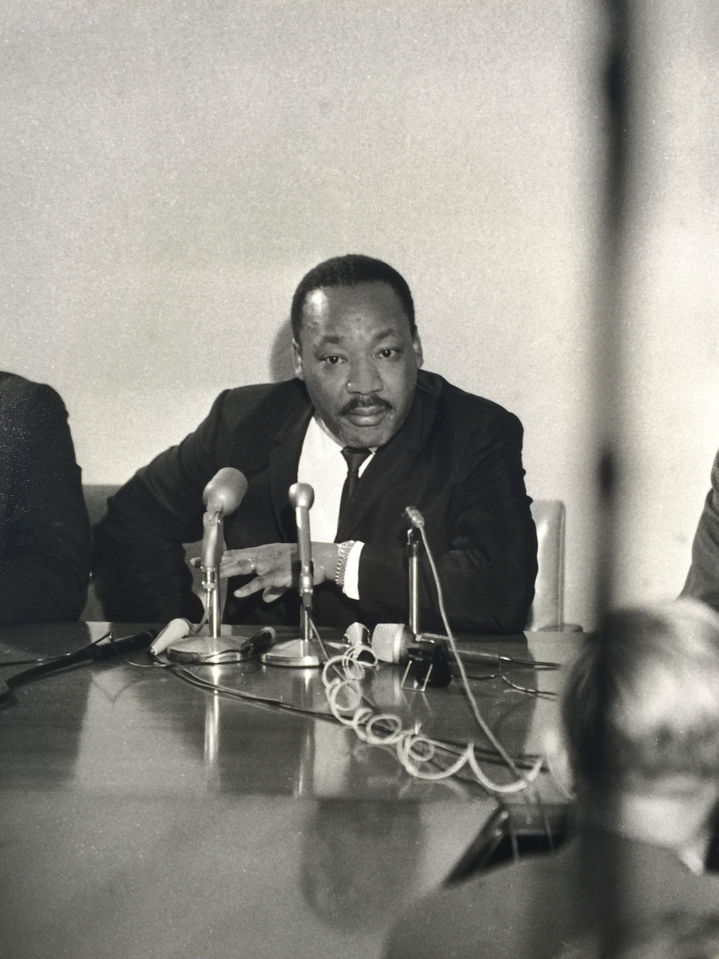 "<div class=""meta image-caption""><div class=""origin-logo origin-image ktrk""><span>KTRK</span></div><span class=""caption-text"">Dr. Martin Luther King Jr. makes appearance in Houston in 1967.</span></div>"