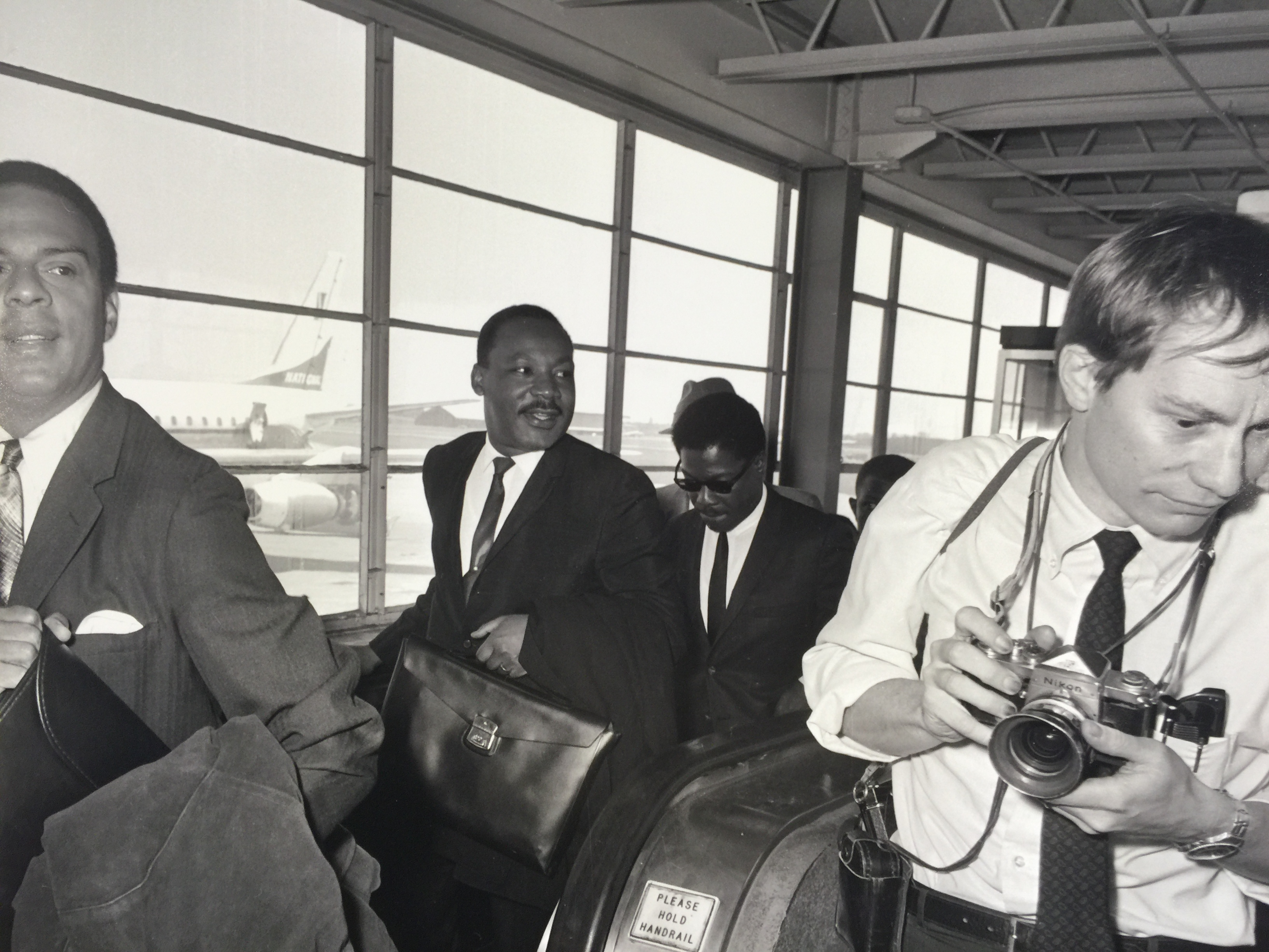 "<div class=""meta image-caption""><div class=""origin-logo origin-image ktrk""><span>KTRK</span></div><span class=""caption-text"">Dr. Martin Luther King Jr. makes appearance in Houston in 1967. </span></div>"
