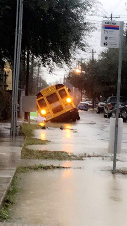 "<div class=""meta image-caption""><div class=""origin-logo origin-image none""><span>none</span></div><span class=""caption-text"">School bus on Kansas St in the Heights. Twitter: @crockett_taylor (Taylor Crockett)</span></div>"