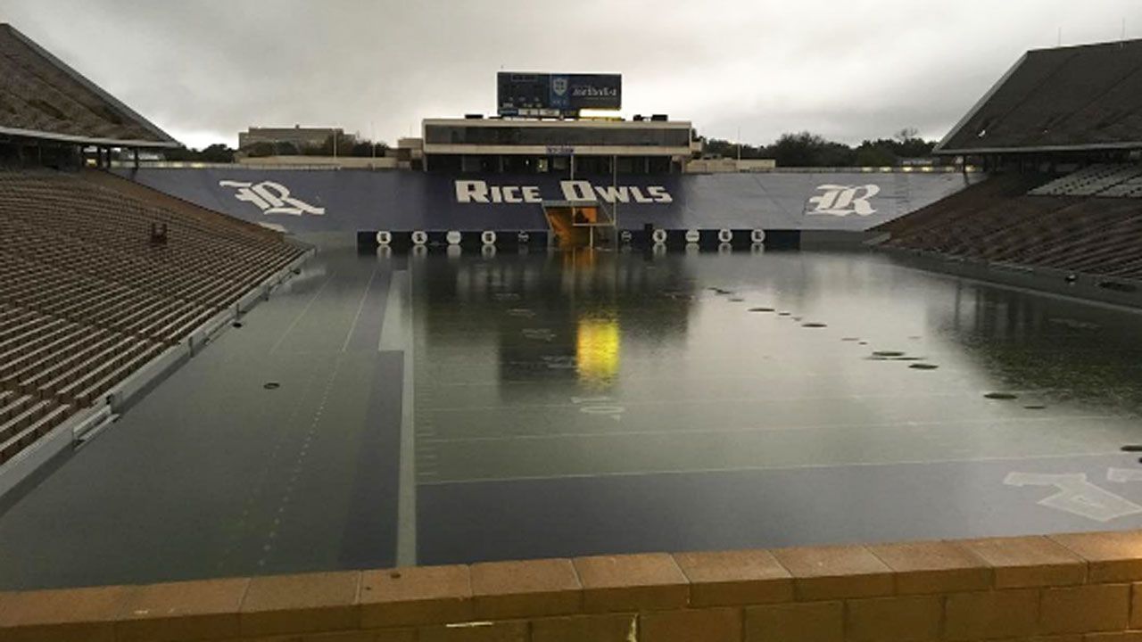 "<div class=""meta image-caption""><div class=""origin-logo origin-image none""><span>none</span></div><span class=""caption-text"">Floodwaters have inundated Rice Stadium, turning it into a lake.  (shawnready_atc/Instagram)</span></div>"