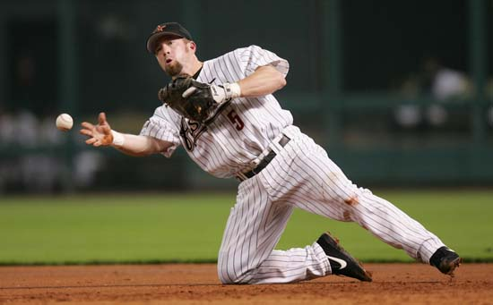 <div class='meta'><div class='origin-logo' data-origin='AP'></div><span class='caption-text' data-credit='David J. Phillip'>Houston Astros first baseman Jeff Bagwell throws to first base from his knees after fielding a hit by Atlanta Braves' Rafael Furcal.</span></div>