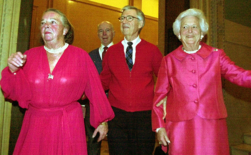 <div class='meta'><div class='origin-logo' data-origin='AP'></div><span class='caption-text' data-credit='AP Photo/Gene J. Puskar'>Elsie Hillman, left, accompanies television legend Fred Rogers, center, and former first lady Barbara Bush, right, at a gala fundraiser Thursday, Feb. 21, 2002, in Pittsburgh.</span></div>