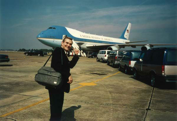"<div class=""meta image-caption""><div class=""origin-logo origin-image none""><span>none</span></div><span class=""caption-text"">Dave Ward heading onto Air Force One (KTRK Photo)</span></div>"