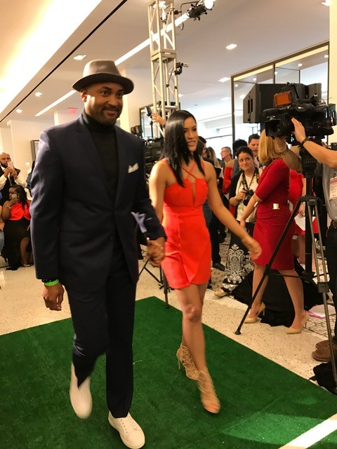 "<div class=""meta image-caption""><div class=""origin-logo origin-image ktrk""><span>KTRK</span></div><span class=""caption-text"">Tootsies hosted Off the Field, 16th Annual Players' Wives Fashion Show on Friday, Feb. 3, 2017, during Super Bowl week in Houston. (Scylla Lopez)</span></div>"