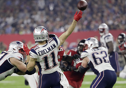 <div class='meta'><div class='origin-logo' data-origin='AP'></div><span class='caption-text' data-credit='AP'>New England Patriots' Julian Edelman plays against the Atlanta Falcons during the second half of the NFL Super Bowl 51 football game Sunday, Feb. 5, 2017, in Houston.</span></div>