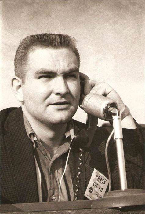 "<div class=""meta image-caption""><div class=""origin-logo origin-image none""><span>none</span></div><span class=""caption-text"">Dave Ward at the Kennedy Space Center in Florida. It was the mid '60's and Dave was still a radio reporter with K-NUZ in Houston.  (KTRK Photo)</span></div>"