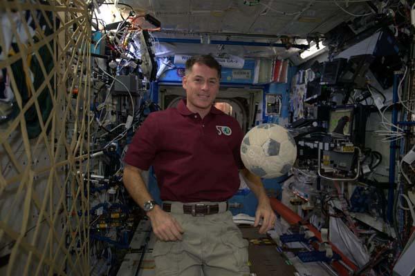 space shuttle challenger soccer ball - photo #8