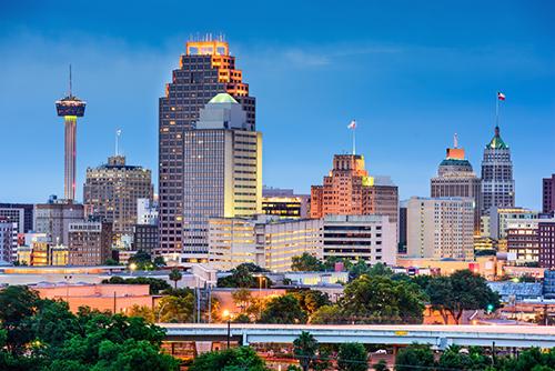 <div class='meta'><div class='origin-logo' data-origin='KTRK'></div><span class='caption-text' data-credit='Shutterstock'>10. San Antonio, Texas</span></div>
