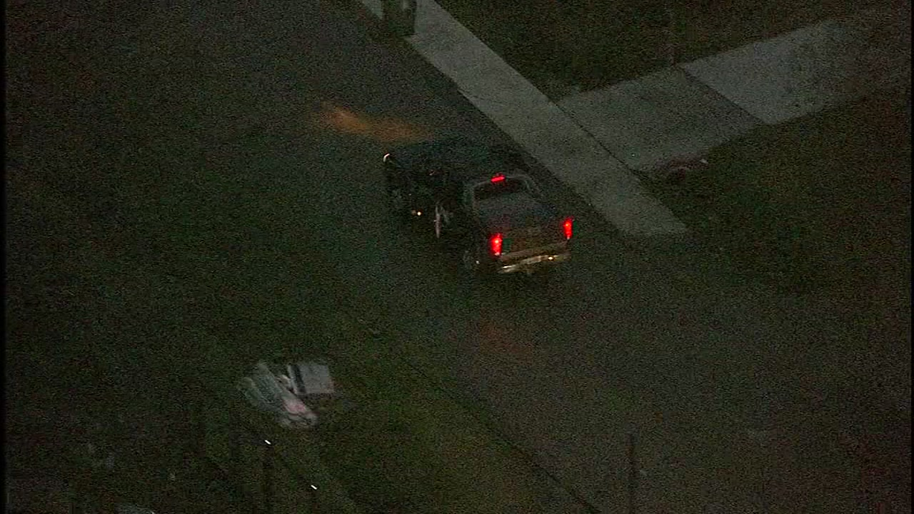 <div class='meta'><div class='origin-logo' data-origin='KTRK'></div><span class='caption-text' data-credit=''>Skyeye 13 captures a pursuit involving suspects in a pickup truck in east Houston on Feb. 16, 2018.</span></div>