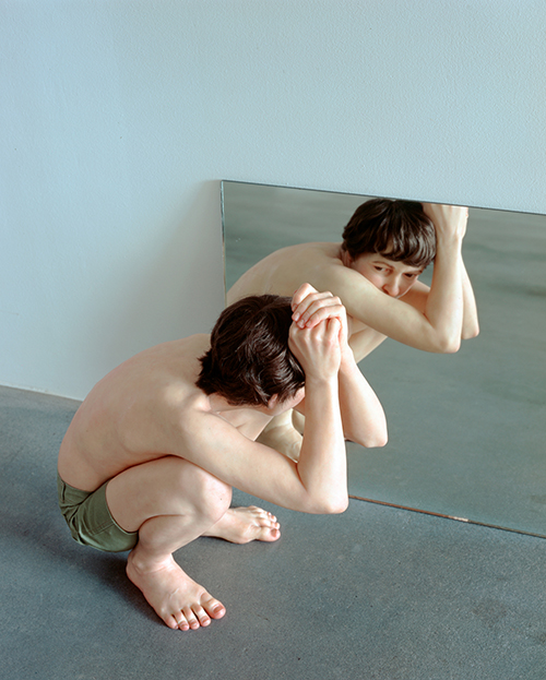 "<div class=""meta image-caption""><div class=""origin-logo origin-image ktrk""><span>KTRK</span></div><span class=""caption-text"">Ron Mueck, Crouching Boy in Mirror, 1999?2002, mixed media, The Broad Art Foundation.© Ron Mueck</span></div>"
