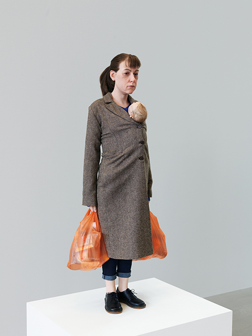 "<div class=""meta image-caption""><div class=""origin-logo origin-image ktrk""><span>KTRK</span></div><span class=""caption-text"">Ron Mueck, Woman with Shopping, 2013, mixed media, Collection of the artist, Courtesy Hauser & Wirth and Anthony d?Offay, London. Photo: Patrick Gries. © Ron Mueck</span></div>"