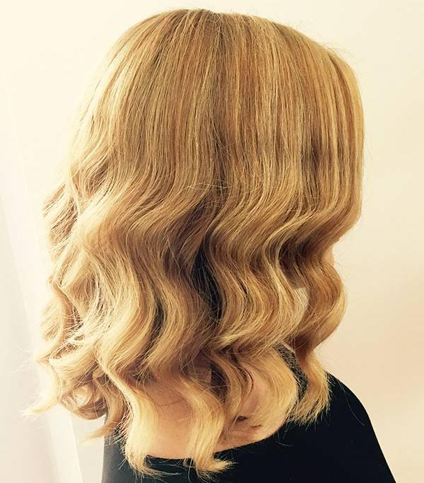 <div class='meta'><div class='origin-logo' data-origin='none'></div><span class='caption-text' data-credit=''>Five to Fab: Create fabulous beachy waves in five steps to stay in style for days</span></div>