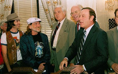 "<div class=""meta image-caption""><div class=""origin-logo origin-image ap""><span>AP</span></div><span class=""caption-text"">Willie Nelson and Neil Young meet with members of the Senate Agriculture Committee on  September 20, 1985 in an attempt to lobby for legislation that would boost farm income. (AP Photo/Scott Stewart)</span></div>"