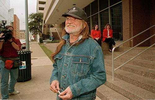"<div class=""meta image-caption""><div class=""origin-logo origin-image ap""><span>AP</span></div><span class=""caption-text"">Singer Willie Nelson leaves the Federal Building in Austin, Texas, on February 3, 1993, after settling his tax problems with the Internal Revenue Service. (AP Photo/David Breslauer)</span></div>"