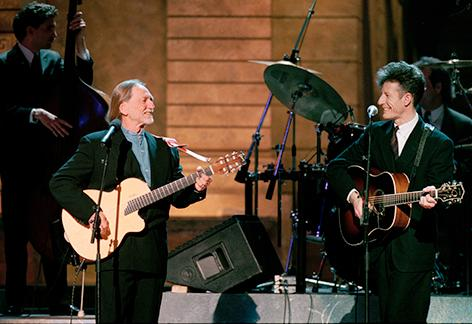 "<div class=""meta image-caption""><div class=""origin-logo origin-image ap""><span>AP</span></div><span class=""caption-text"">Singers Willie Nelson and Lyle Lovett, right, perform with Lovett's Large Band at the annual ESPY awards show at New York's Radio City Music Hall, on February 13, 1995. (AP Photo/Ron Frehm)</span></div>"