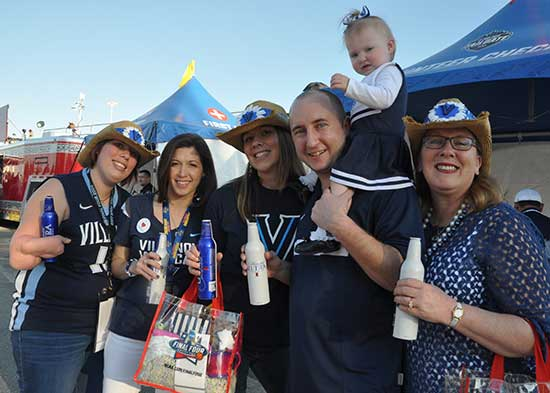 "<div class=""meta image-caption""><div class=""origin-logo origin-image none""><span>none</span></div><span class=""caption-text"">Photos from inside and outside NRG Stadium as fans game pumped for Monday's title game between North Carolina and Villanova. (abc13)</span></div>"