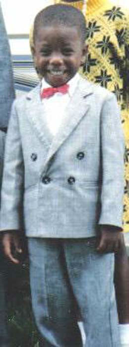 "<div class=""meta image-caption""><div class=""origin-logo origin-image none""><span>none</span></div><span class=""caption-text"">A little Chauncy Glover in his double-breasted suit on Easter Sunday (KTRK Photo)</span></div>"