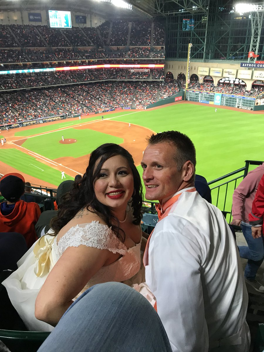 From Quot I Do Quot To Baseball Newlyweds Celebrate Their