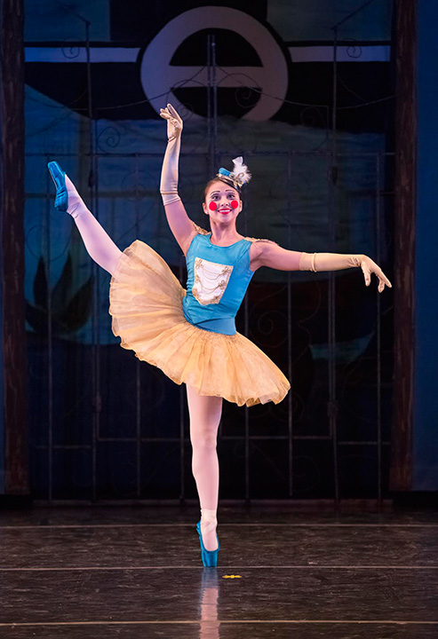 <div class='meta'><div class='origin-logo' data-origin='none'></div><span class='caption-text' data-credit='Blaine Truitt Covert'>Haruka Weiser performs with the Portland Ballet.</span></div>