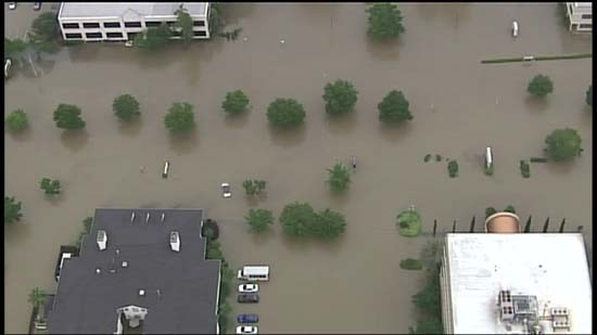 <div class='meta'><div class='origin-logo' data-origin='KTRK'></div><span class='caption-text' data-credit='KTRK'>SkyEye over areas in northwest Harris County flooded by recent devastating rains</span></div>