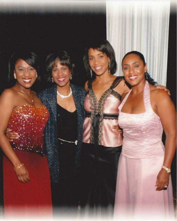 "<div class=""meta image-caption""><div class=""origin-logo origin-image none""><span>none</span></div><span class=""caption-text"">Some of the ABC-13 ladies all dressed up (KTRK Photo)</span></div>"