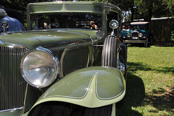 <div class='meta'><div class='origin-logo' data-origin='KTRK'></div><span class='caption-text' data-credit=''>Keels and Wheels Concours D'Elegance brings classic boats and autos to Lakewood Yacht Club in Seabrook, Texas, April 23-24, 2016.</span></div>