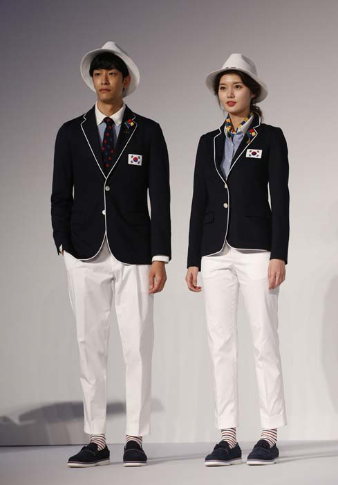 <div class='meta'><div class='origin-logo' data-origin='AP'></div><span class='caption-text' data-credit='AP Photo/Lee Jin-man'>Models present the South Korean Olympic team uniforms for the opening and closing ceremonies of the 2016 Rio de Janeiro Olympic Games</span></div>