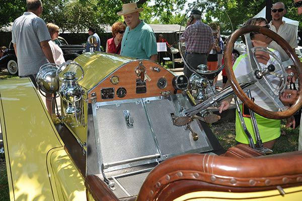 "<div class=""meta image-caption""><div class=""origin-logo origin-image none""><span>none</span></div><span class=""caption-text"">The 20th anniversary Keels and Wheels Concours D'Elegance, held at Lakewood Yacht Club in Seabrook, Texas, on May 2-3, 2015. (ABC13/Gina Larson)</span></div>"