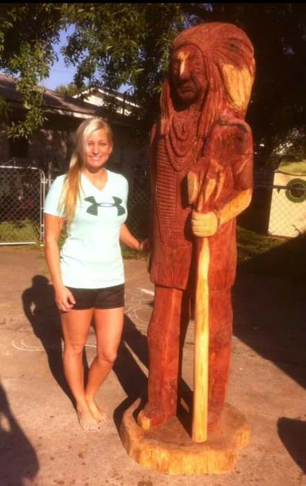 La porte mom s texas chainsaw carvings are a cut above the