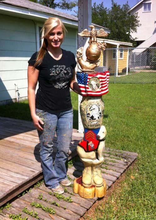 <div class='meta'><div class='origin-logo' data-origin='KTRK'></div><span class='caption-text' data-credit=''>Della Meredith of La Porte, Texas, created these pieces of art by using a chainsaw.</span></div>