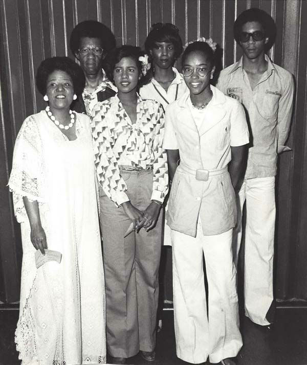 "<div class=""meta image-caption""><div class=""origin-logo origin-image none""><span>none</span></div><span class=""caption-text"">Melanie Lawson and her family back in the day! (KTRK Photo)</span></div>"
