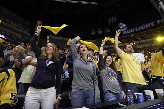 """<div class=""""meta image-caption""""><div class=""""origin-logo origin-image ap""""><span>AP</span></div><span class=""""caption-text"""">Fans cheer during the first period of Game 6 of the NHL hockey Stanley Cup Final between the Nashville Predators and the Pittsburgh Penguins. (AP Photo/Mark Humphrey) (AP)</span></div>"""