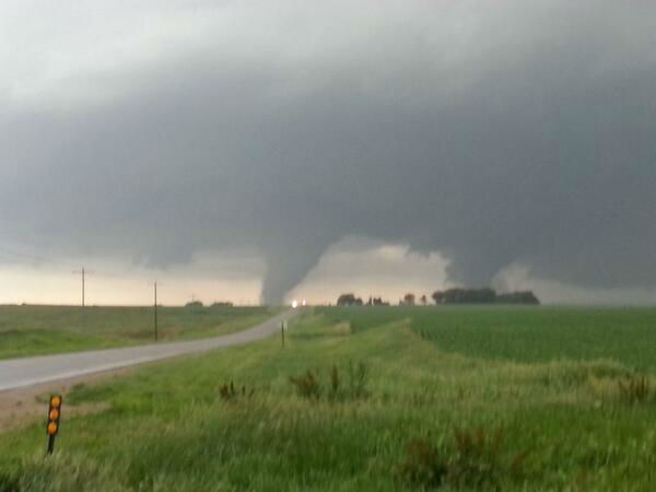 Strong tornadoes did heavy damage to the town of Pilger, NE. <span class=meta>@headcornweather</span>