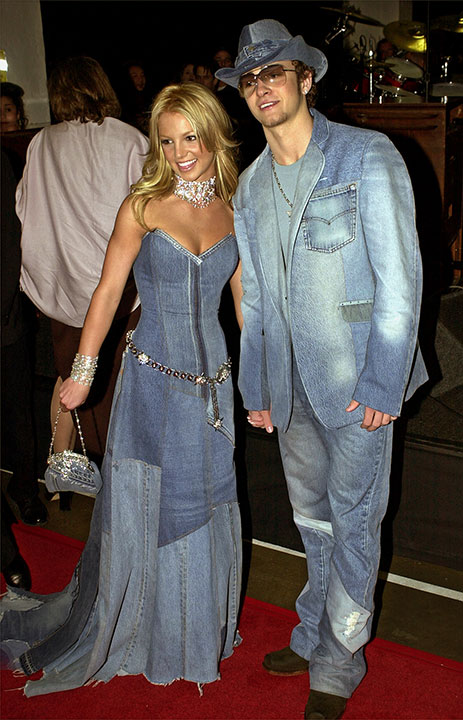 <div class='meta'><div class='origin-logo' data-origin='AP'></div><span class='caption-text' data-credit=''>Britney Spears and Justin Timberlake</span></div>