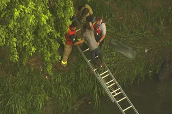 "<div class=""meta image-caption""><div class=""origin-logo origin-image ""><span></span></div><span class=""caption-text"">Several passengers were rescued after their van crashed into the White Oak Bayou (KTRK Photo)</span></div>"