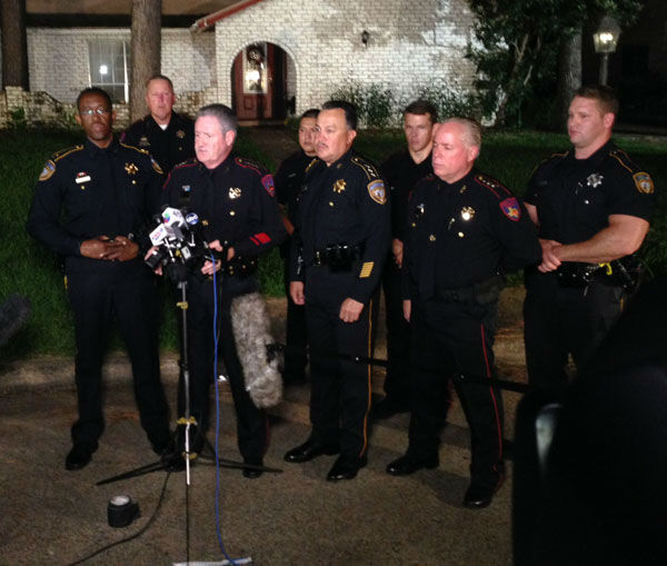 The Harris County Sheriff's Office discussed the shooting, chase and standoff  early  Thursday morning. <span class=meta>Photo/ABC-13</span>
