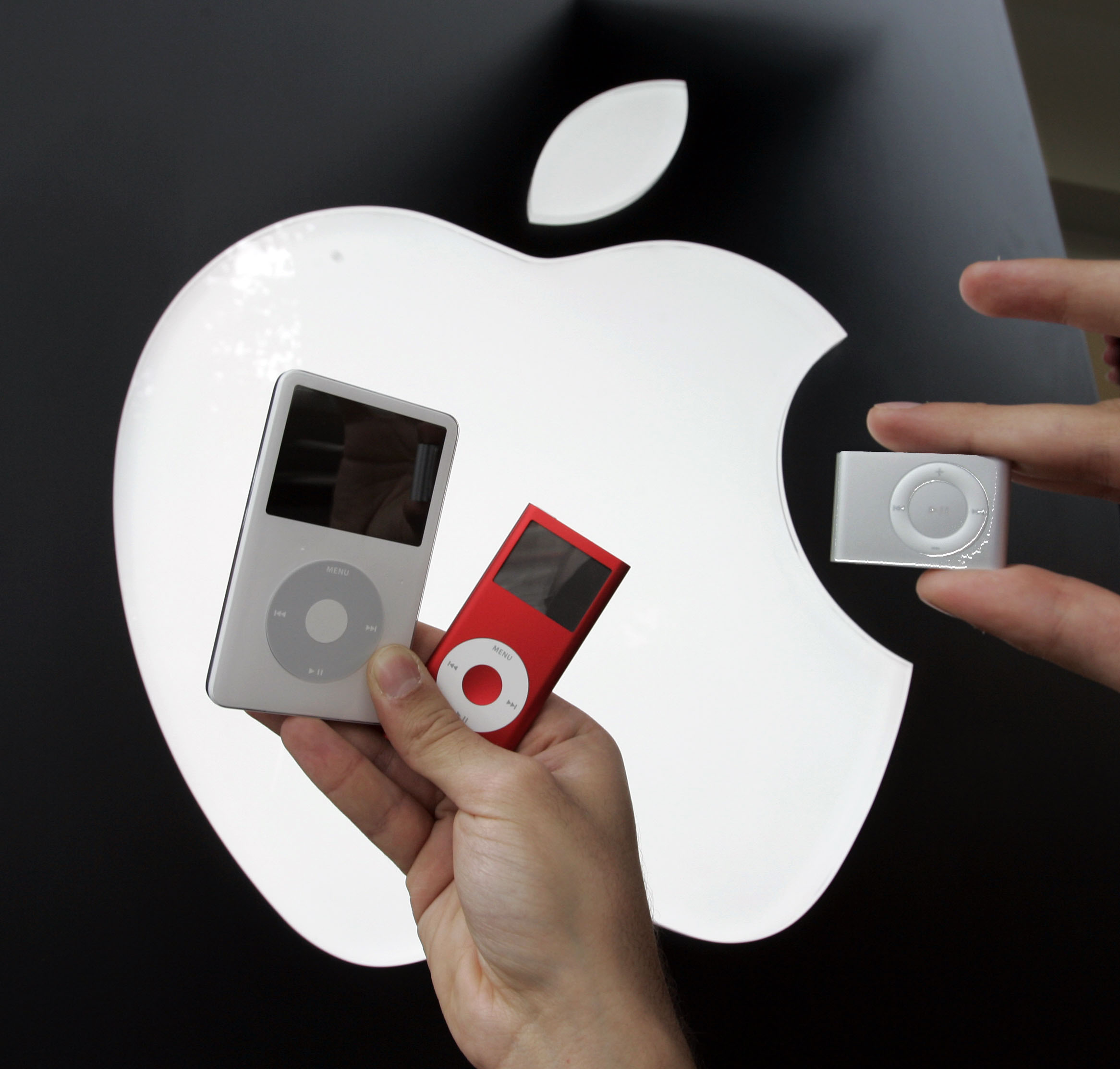 <div class='meta'><div class='origin-logo' data-origin='AP'></div><span class='caption-text' data-credit='AP Photo/Paul Sakuma,File'>This Nov. 3, 2006 file photo shows the then new Apple iPod Shuffle, right, next to a Red iPod Nano, center, and 60GB iPod, left, at an Apple store in Palo Alto, Calif.</span></div>