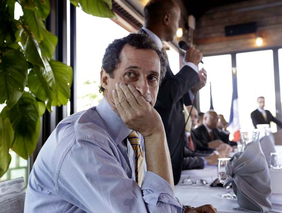 "<div class=""meta image-caption""><div class=""origin-logo origin-image ap""><span>AP</span></div><span class=""caption-text"">New York mayoral candidate Anthony Weiner admitted to having illicit online exchanges with women even after he resigned from Congress amid a sexting scandal. (AP Photo/Richard Drew)</span></div>"